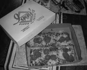Iggy's Pizza - YUM YUM